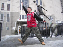 Michael Jordan Statue at the United Center - Hans Steiniger, Roundball RoadTrip